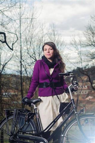img-bic-04-bicicleta-omabike-giant-furata-brasov-close-up (Small)
