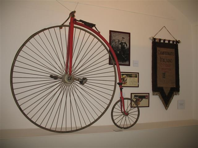 img-bic-09-Museo_della_Storia_del_Genoa-IMG_3348 (Small)